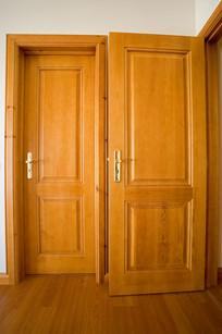 Portas interiores modelo VJ séc. XIX