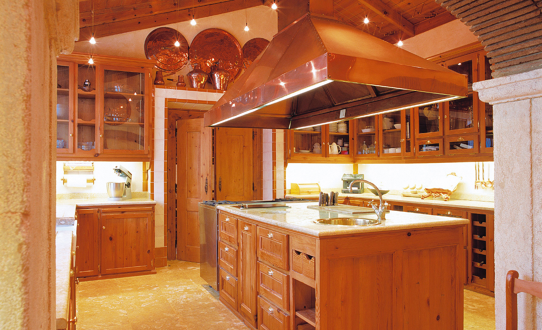 Cozinha clássica . Estoril . 1999