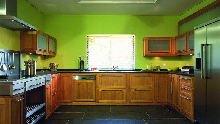 Cozinha contemporânea . Antigo Showroom VJ em Vilamoura . 2003