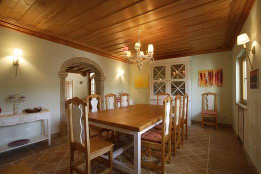 Sala de jantar . Santo Estêvão . 2005