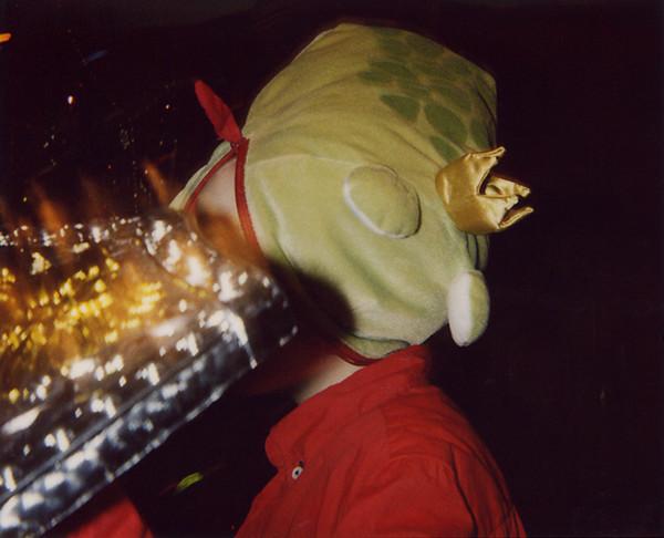 Lorenz mit Frosch 24 12 05
