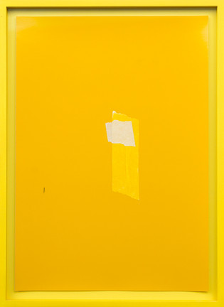 Mit Gelb