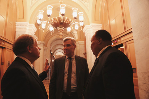 King and Senators at the U.S. Capitol