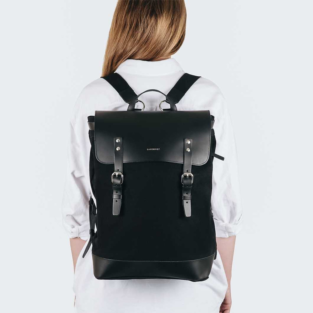 Graduation gift ideas for her with gyphto personalised laptop bag