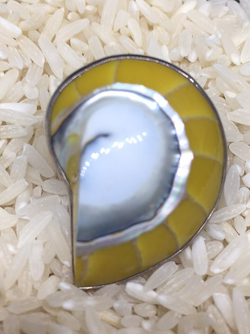 Yellow Sea Shell Ring in Sterling Silver