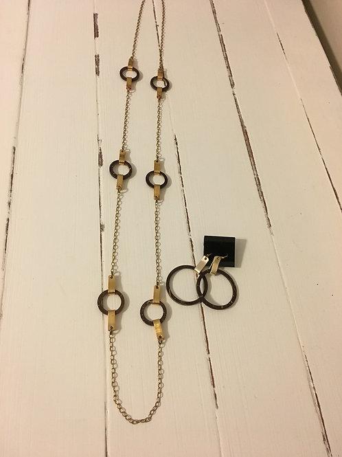 Julio Coconut Wood Necklace
