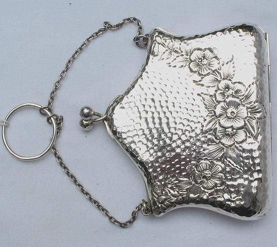 Silver English art Nouveau purse