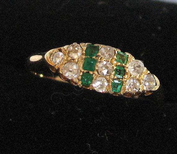 Art deco emerald, gold & diamond ring