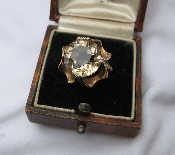 9ct gold quartz topaz ring