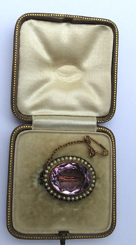 Amethyst and pearl brooch, gold mounted