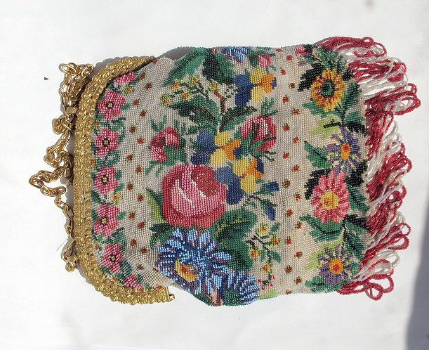 Bead purse cir 1850 F150