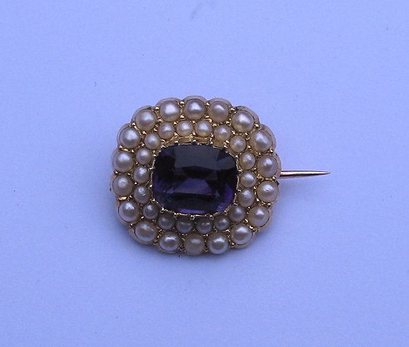 Jewellery, brooch,