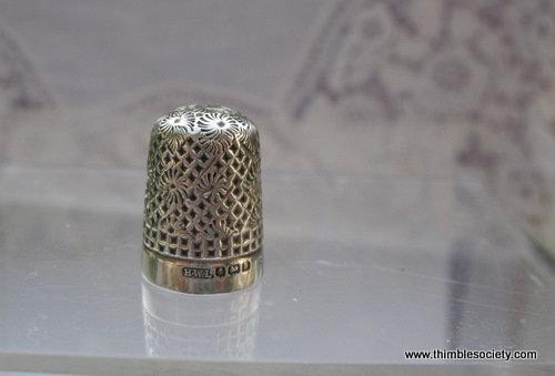 Silver thimble, allover diamonds