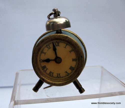 Clock tape measure