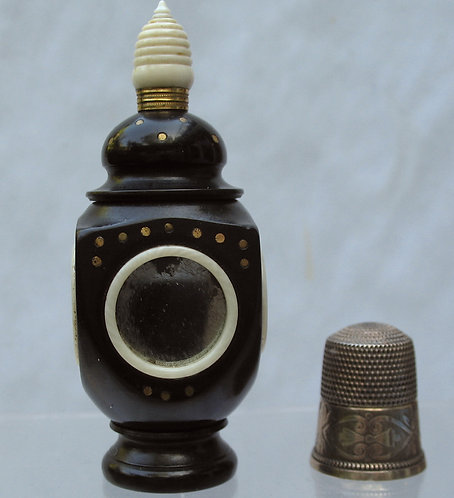 Combined needle case & thimble holder