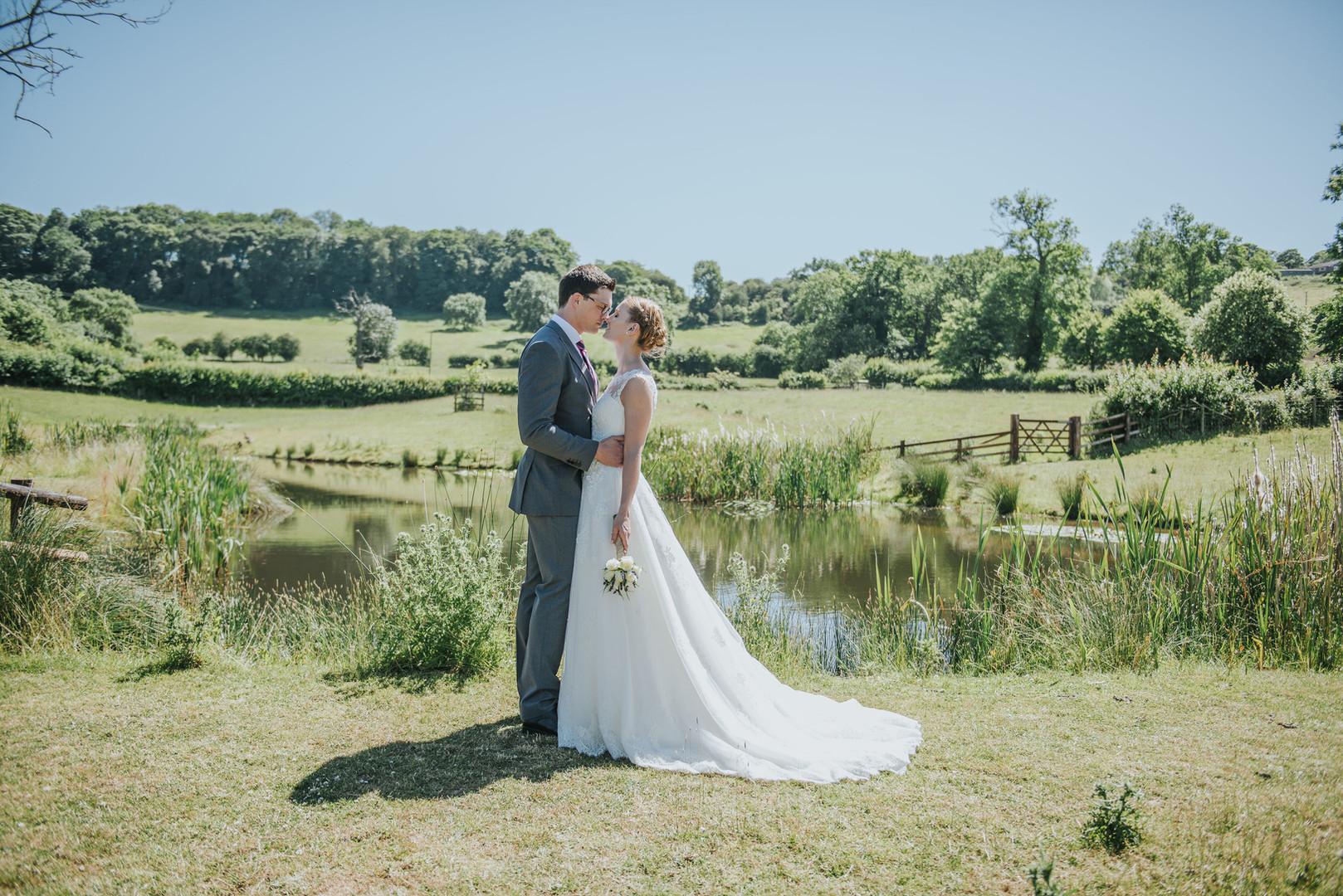 bride and groom at primrose hill farm