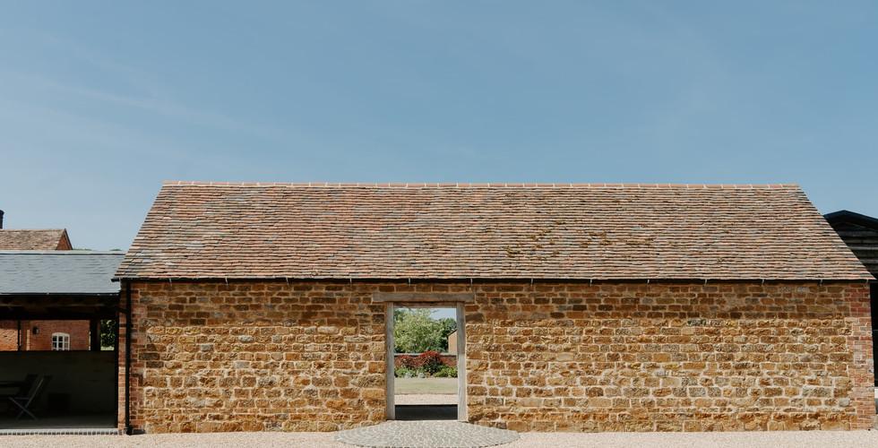 Oxfordshire Modern Wedding Barn Primrose Hill Farm