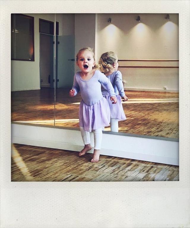 Eltern-Kind Tanzen ab 2 Jahre