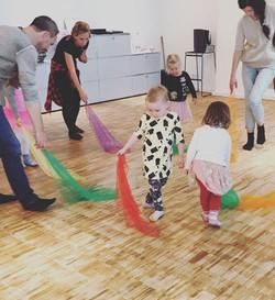 Eltern-Kind Tanzen