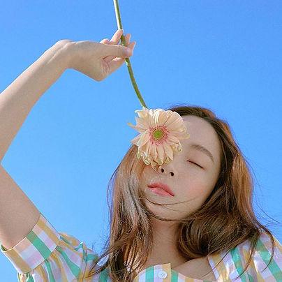 JESSICA JUNG FOTO.jpg