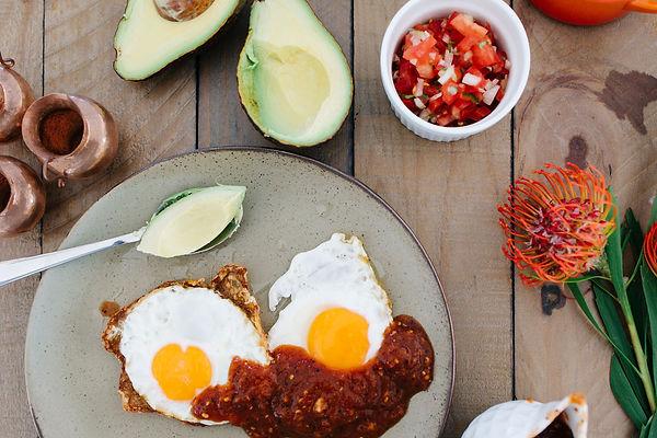 TheSHDlife –– simple. healthy. delicious -Sofia Gallardo - Mexican Eggs Recipe -