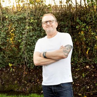 Darren Robbie – Episode Director