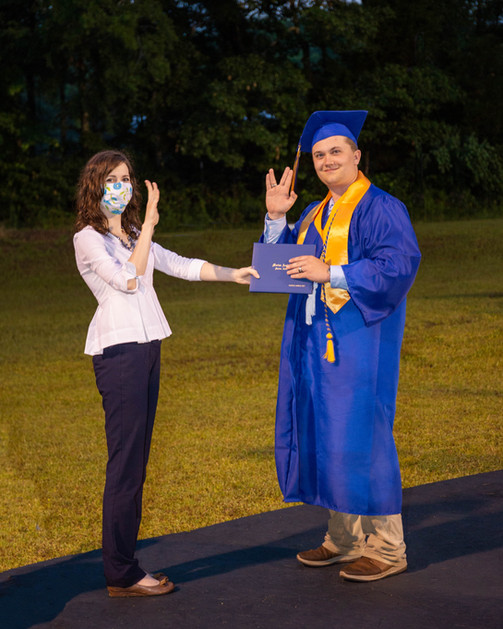 Graduates-5.jpg