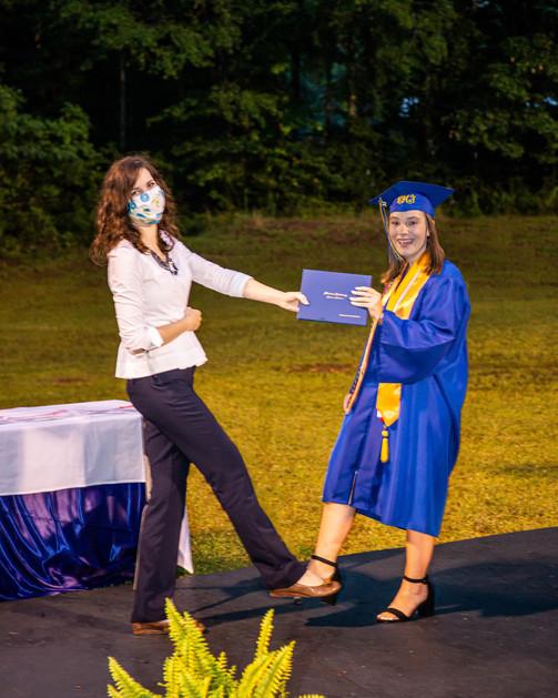Graduates-4.jpg