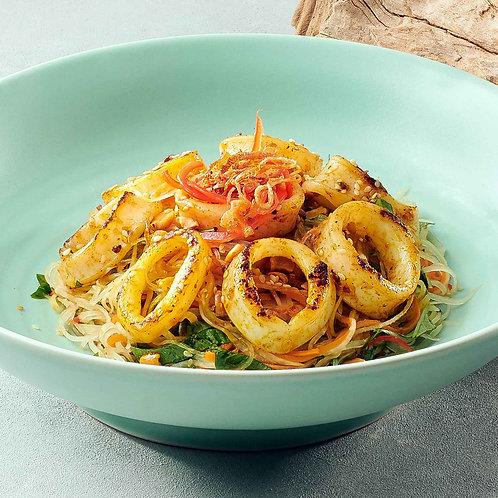 Gỏi đu đủ mực/Papaya salad with squids