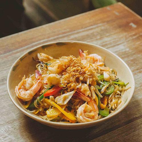 Miến xào tôm, cua / Stir-fried glass noodles with prawns and crab meat