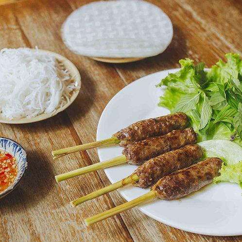 Bò nướng sả cuộn bánh tráng / BBQ lemongrass beef