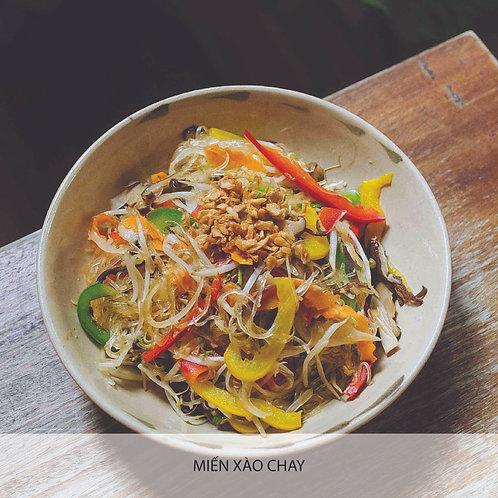 Stir-fried glass noodle with vegetables