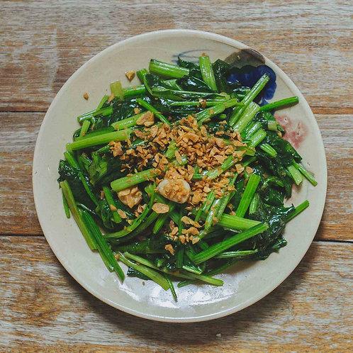 Rau Bó xôi xào tỏi/ Stir-fried Spinach with garlic