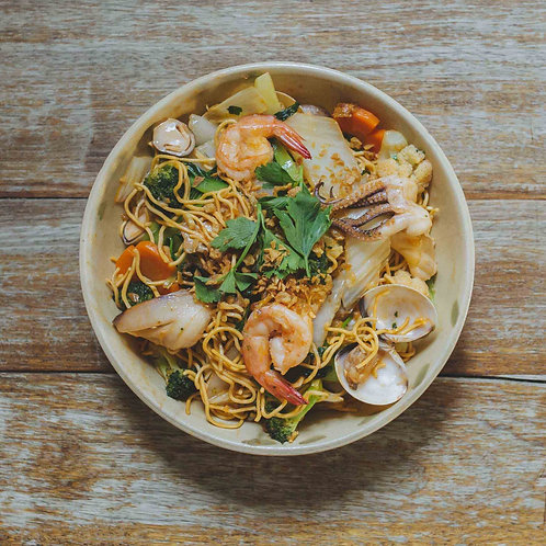 Mì xào hải sản	/ Stir-fried noodles with seafood