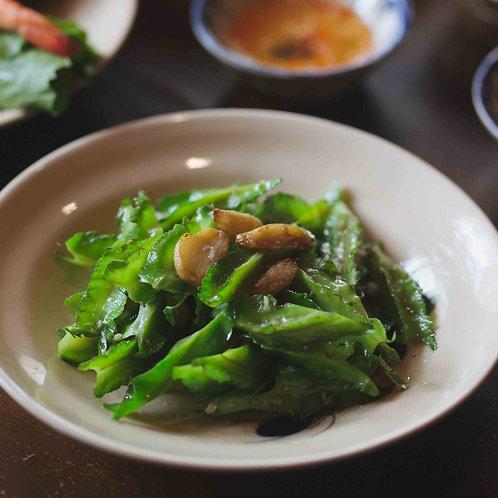 Đậu rồng xào tỏi / Stir-fried Dragon bean with garlic