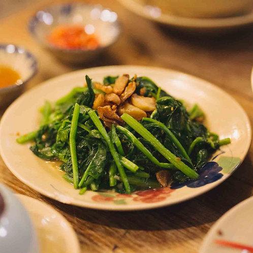 Rau muống xào tỏi / Stir-fried Morning glory with garlic