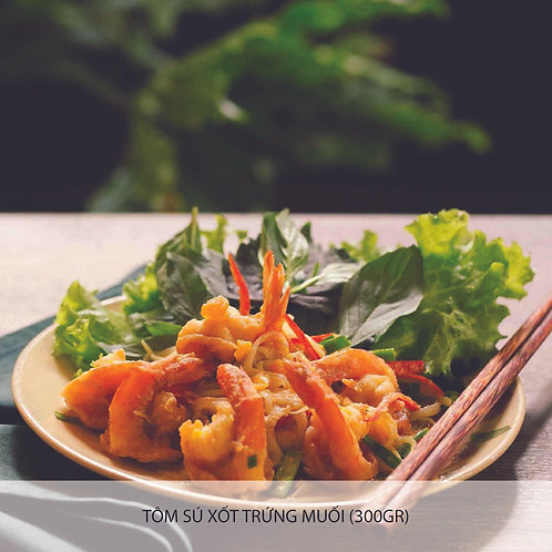 Sautéed prawn with salted egg