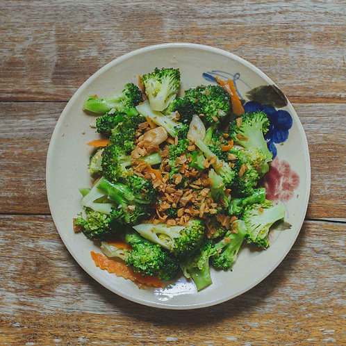Bông cải xanh xào tỏi / Stir-fried Broccoli with garlic