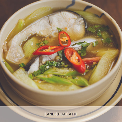 Sweet and sour soup with catfish, tomato, okra and pineapple