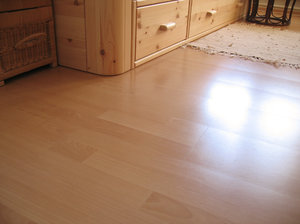Installation of laminate flooring