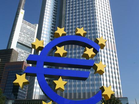 Wat mécht eng Zentralbank?