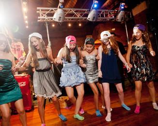 Bar-Mitzvah-the_girls_get_down.jpg
