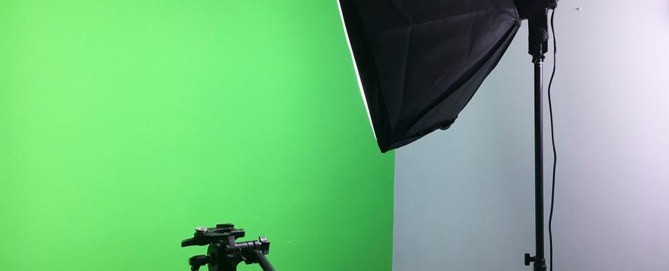 Green Screen Room05.jpg