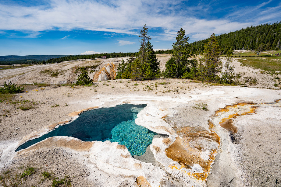 Old Faithful Spring in Yellowstone NP, USA