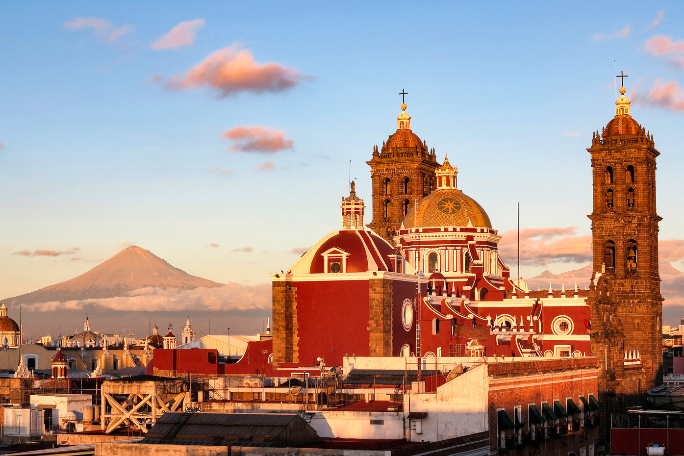 Puebla City and Popocatépetl active volcano, Mexico