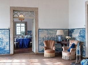 Quinta do Torneiro with portuguese tiles. Blue wedding inspiration at Quinta do Torneiro