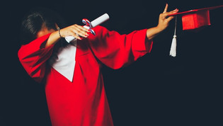 Are there scholarships for studying an MBA in Canada?