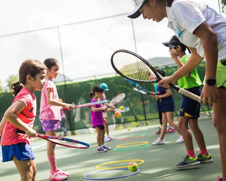 Tennis-Lessons-Group-Kids.jpg