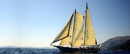 Isaura-schooner.jpg