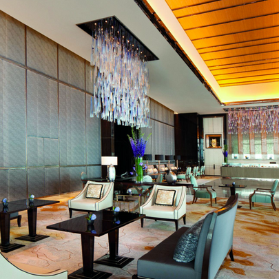The Ritz-Carlton, Hong Kong Arrival Lobby, 2011 by Sun Hung Kai/ザ・リッツ・カールトンホテル香港 2011  デザイン: Sun Hung Kai